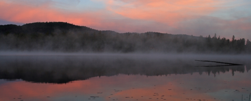Morning Mist Onloon Lake