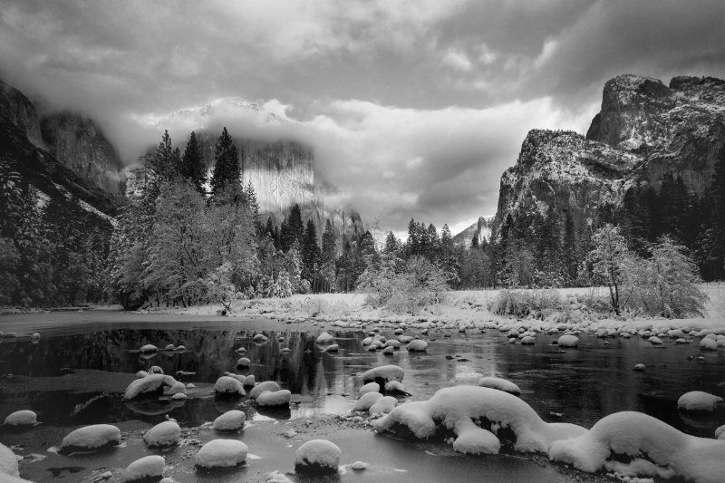El Capitan Overlooking Merced River