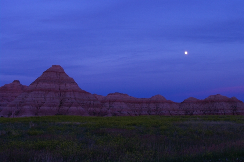 Moon Rise, Badlands National Park