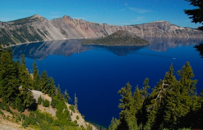 Crater Lake With Tour Boat