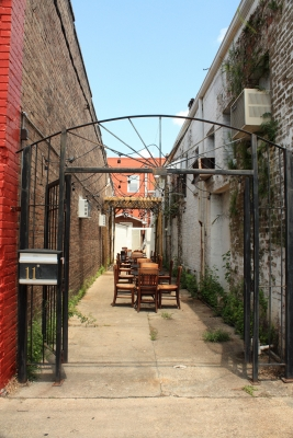 Alley In Hammond Historical District 9916a