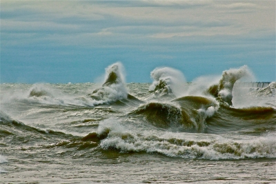 Rampant Waves From Hurricane Sandy In Lake Michigan