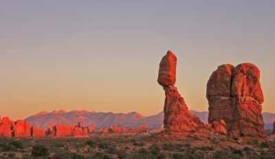 Balanced Rock At Sunset – Arches National Park