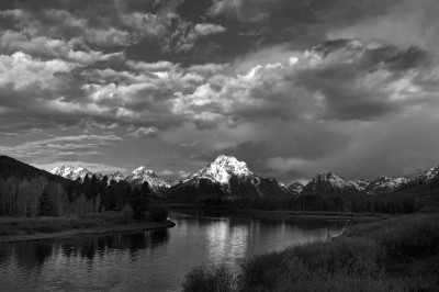 Morning's First Light On Mt Moran, Owbow Bend