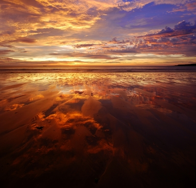Dawn On The Sands