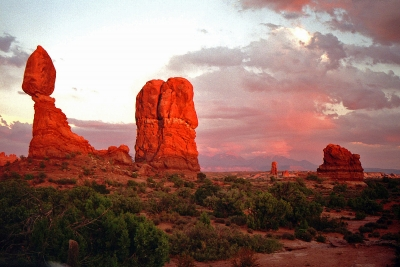 Balance Rock Sunset