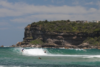 Surfing At North Avalon, Nsw