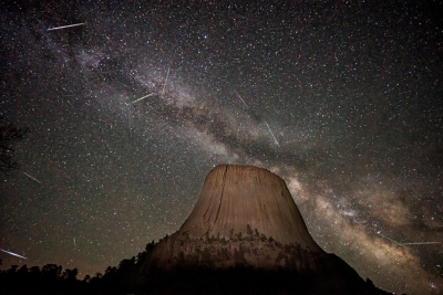 Devils Tower Meteor Shower