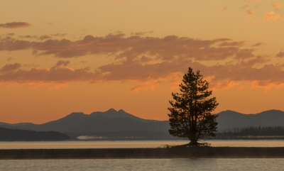 Sunrise Yellowstone Lake