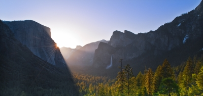 Morning Rays Of Light – Yosemite Valley