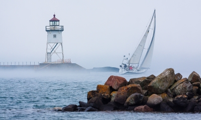 Saling Into The Fog