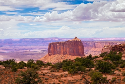 Sun Lit  Butte At Canyonlands National Park (islands In The Sky)