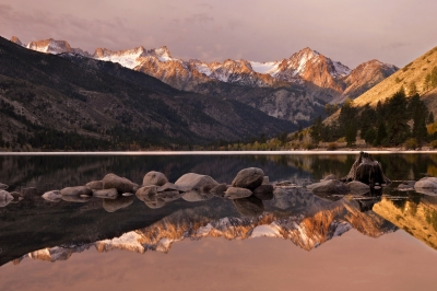 Sawtooth Range And Lower Twin Lake Sunrise