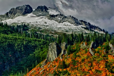 Tatoosh Range Autumn