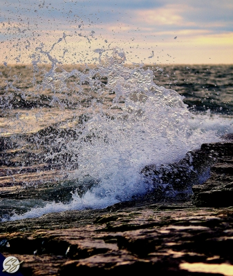 Waves On Marblehead