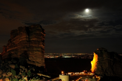 Red Rocks Moonrise