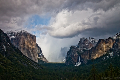 Snow Arrives In Yosemite