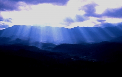 Mountain Sunrays