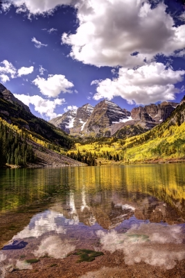 Clouds Gather Over The Maroon Bells In Colorado Rockies