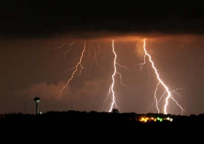 Lightning Ove New Haven, Mo