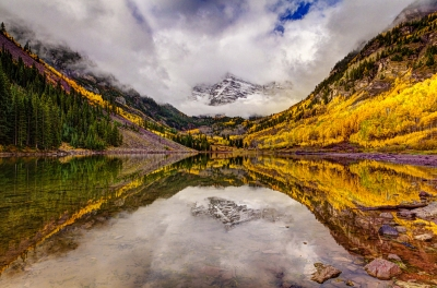 Changing Colors At Maroon Bells