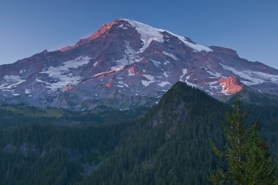 Sunset Painted Edges On Mount Rainier
