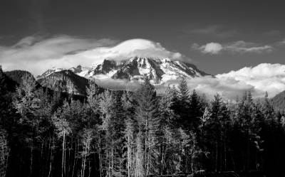 Mt Rainier Cloud Cap