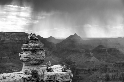 Towers And Peaks In The Grand Canyon
