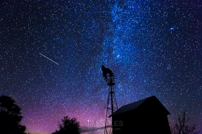 Windmill And The Milky Way