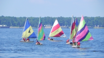 Students In Sail Boating Lessons.