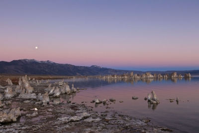 South Tufa Full Moonset