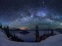 Milkyway Over Crate Lake