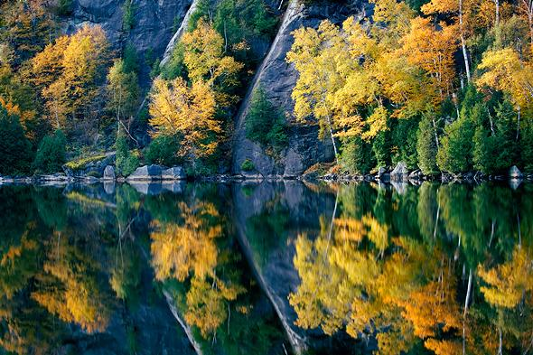 Chapel-Pond-autumn-reflections-horizontal-Adirondack-State-Park-New-York