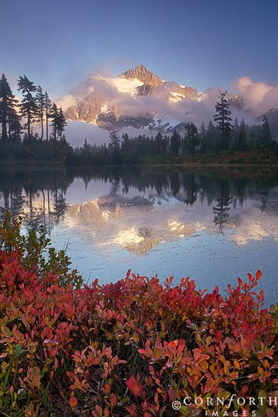 Picture-Lake-Fall-Reflection-1_Mt-Baker-Snoqulamie-National-Forest-Washington