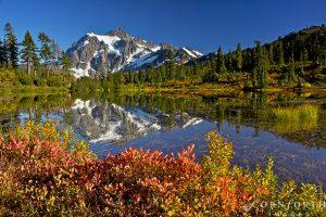 Picture-Lake-Fall-Reflection-5_Mt-Baker-Snoqualmie-National-Forest-Washington