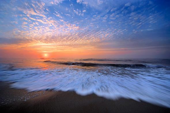 Atlantic-ocean-sunrise-assateague-island