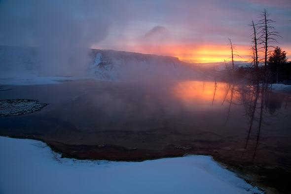 Sunrise-over-Canary-Springs-Yellowstone-National-Park-Wyoming