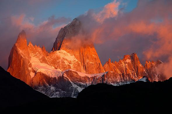 Fitz-Roy-at-sunrise-Laguna-Capri