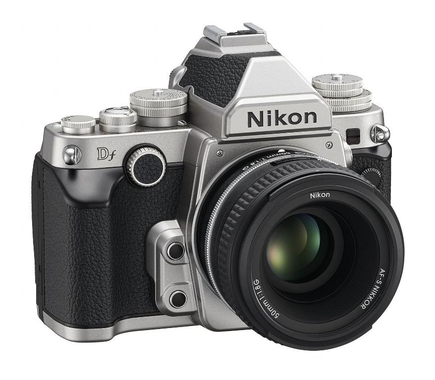 3/4 view of the new Nikon Df