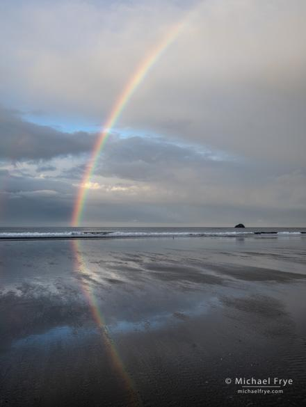 Rainbow, Crescent Beach, Crescent City, CA, USA