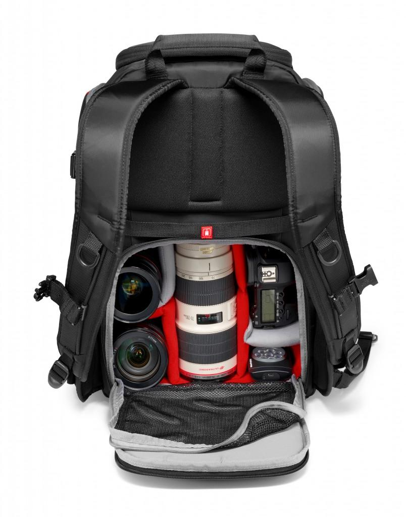 Camera_Backpack_Advanced_MB MA-BP-R_back_opening_b