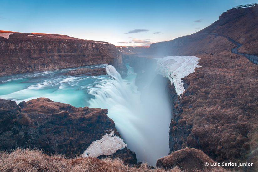 "Behind the Shot: ""Earth's Maw"" By Luiz Carlos Junior— Gullfoss Waterfall, Iceland"