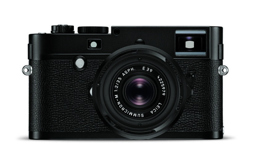 The Leica M Monochrom's 24MP sensor has a max ISO of 12,500. Leica states that the camera's 2GB buffer allows it to capture images 3x faster its predecessor.