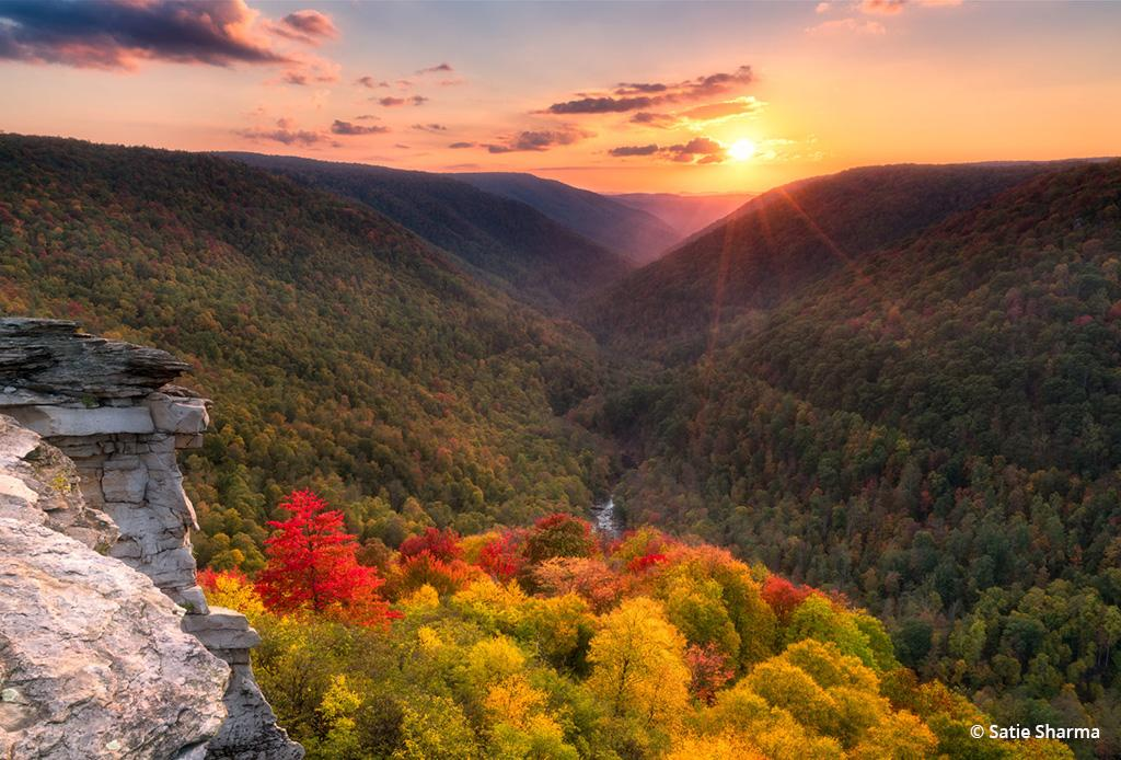 Behind The Shot: Autumn's Arrival at Lindy Point Overlook By Satie Sharma. Location: Blackwater Falls State Park, Virginia