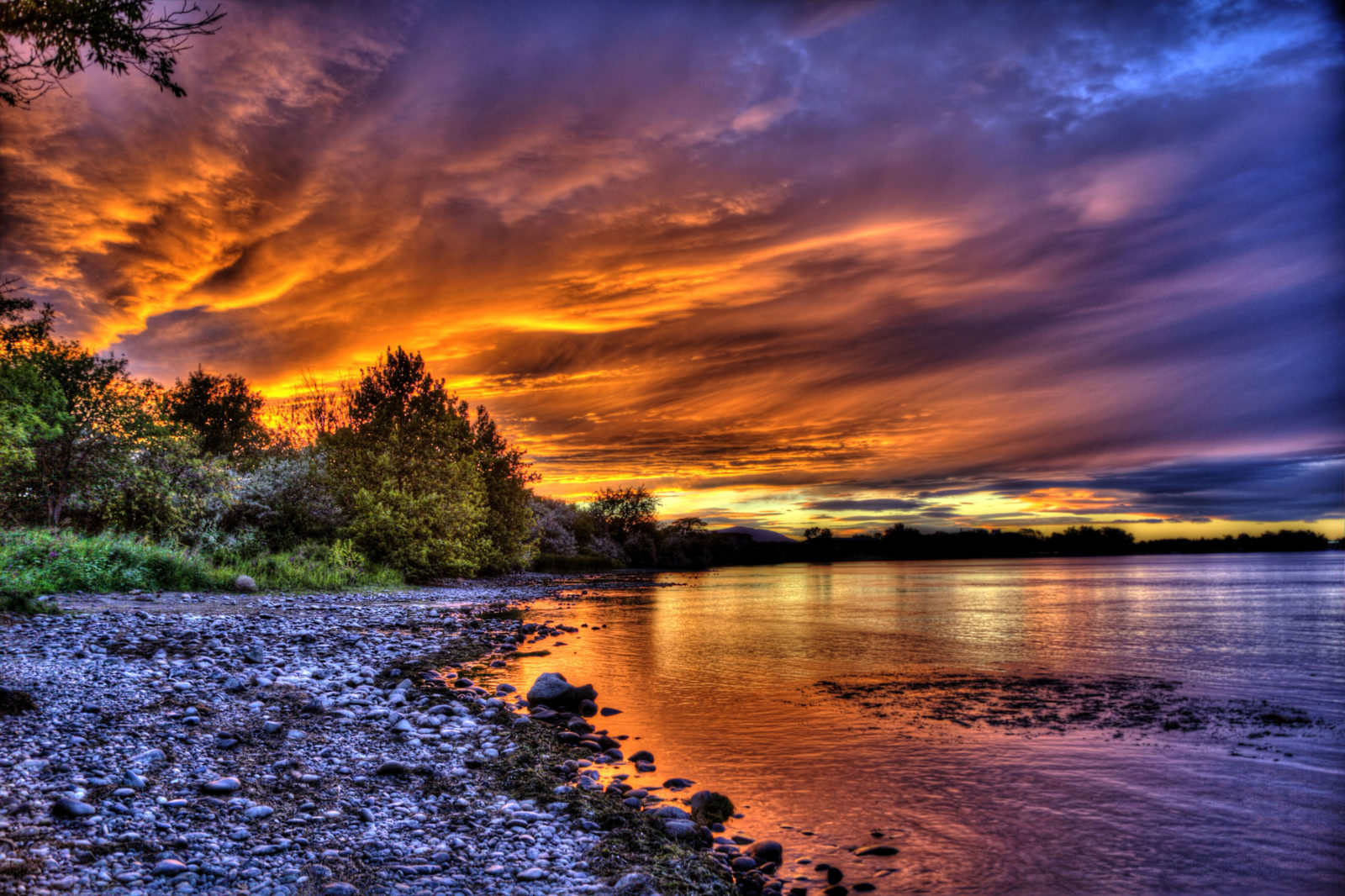 Columbia River Sunset - Outdoor Photographer